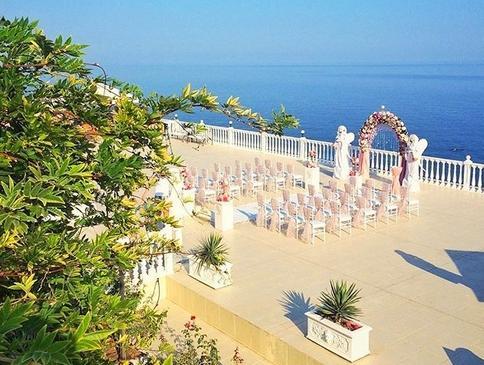 Выбор 2020 - свадьба возле моря в Крыму